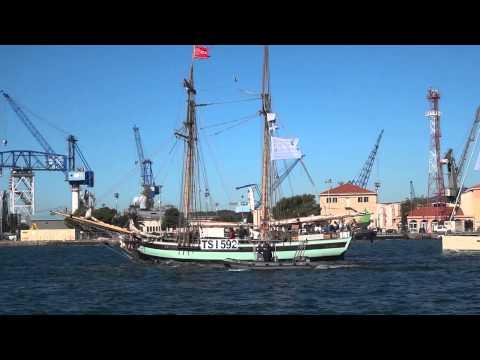 départ des grands voiliers de la Tall Ships Regatta 6/11