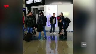 """Полиция опрашивает пассажиров неудачного рейса """"Владивосток - Сеул"""""""
