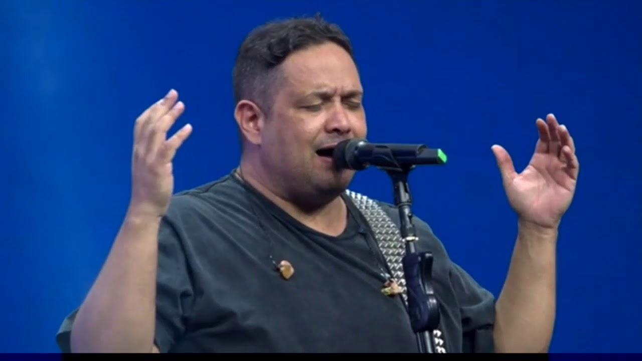 Louvor - Porque ele Vive ... Fernandinho .... - YouTube