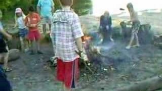 Kampvuur op camping de Papaver