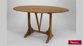 Antique English Country Style (19th Cent) Oval Pine Tilt