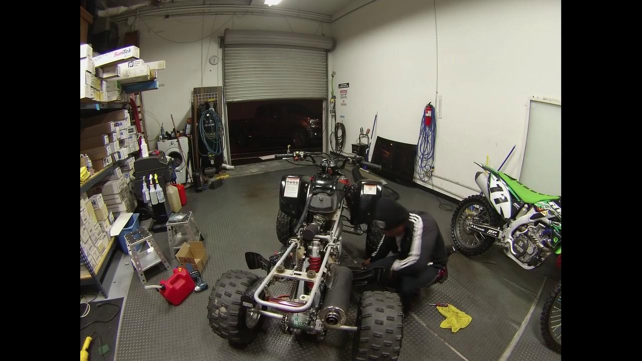 tuning a carburetor of a trx 400 ex honda [ 1280 x 720 Pixel ]
