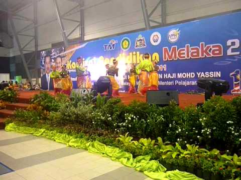 Tarian Kreativ SMK Rahmat -Gemarah Dancer-Karnival Pendidikan Melaka 2011