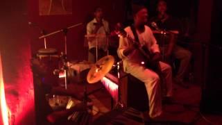"Tritonik Eric Triton , Blues Dan Mwa - Live ""Le Sapin"" Mauritius"