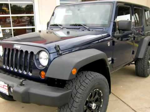 2013 Jeep Wrangler Unlimited Custom 4x4 With Leveling Kit And Custom
