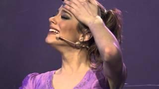 """Violetta""""EN VIVO"""":Violetta Canta E Si Emoziona Durante Il Concerto In Messico"""