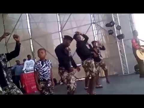 Khuzani Indlamlenze Mpungose- Isihlahla Samavukane