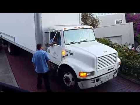 Truck on the crooked street San Francisco FAIL