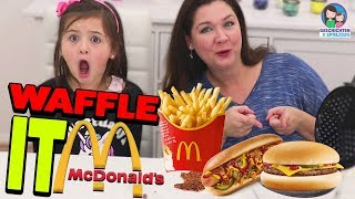 McDONALDS vs. WAFFELEISEN 😂💪  Waffeln aus Hot Dog machen?! Geschichten und Spielzeug
