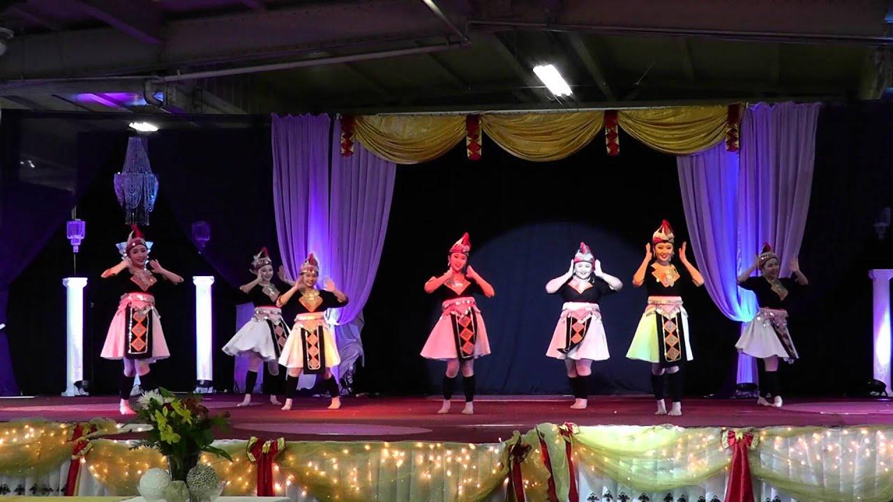 Fresno Hmong International New Year 2015 Sib Pab Ciaj Vaj ... |Fresno International Hmong New Year