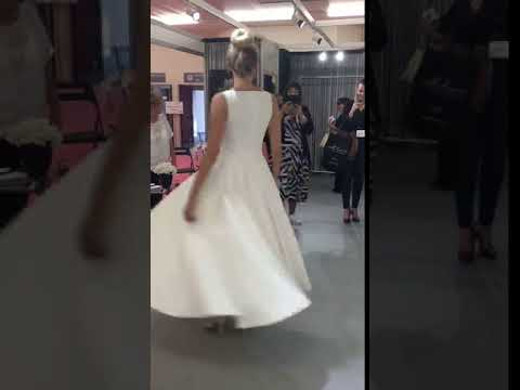The Veronica wedding dress