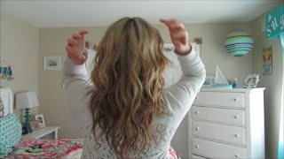 loose waves hair tutorial   w curling wand