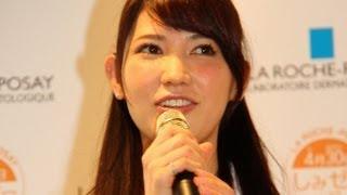 タレントの福田彩乃さんが4月17日、内面から繊細な美しさを放つ「素肌」...