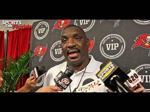 Doug Williams Reacts to Bucs Ring of Honor Induction