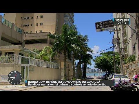 Funcionários são feitos reféns durante arrastão a condomínio de luxo | SBT Brasil (29/11/17)