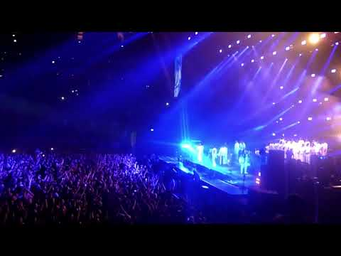 KASABIAN - L.S.F. (Lost Souls Forever) - live @ The O2 Arena, London, 2/12/2017