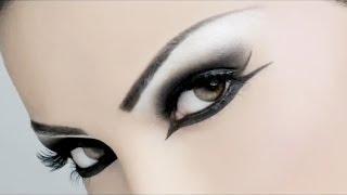Как сделать профессиональный макияж в стиле смоки айс(, 2014-07-01T23:12:19.000Z)