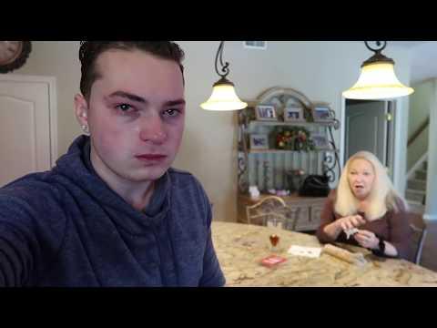 Screamin' Sicilian Pizza Co. Supremus Maximus Supreme Pizza Review from YouTube · Duration:  6 minutes 56 seconds