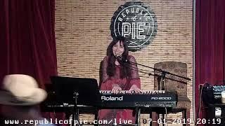 Emilia Donovan 07-01