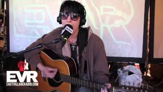 Gambar cover Wax Idols' Hether Fortune Performs in the EVR.com Studio (Part 1)