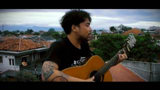 Download Video Yefta Richael - Sahabat Kecil (cover) Ipang lazuardi MP3 3GP MP4