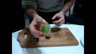 How To Peel A Perfect Kiwi Fruit