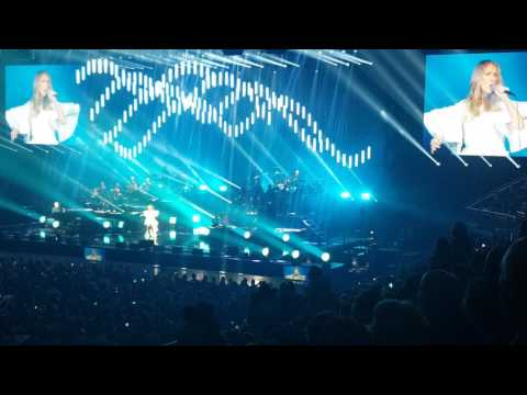 Celine Dion. (HD) 'All By Myself' *STUNNING VOCAL*. 21/6/17. 02 London.