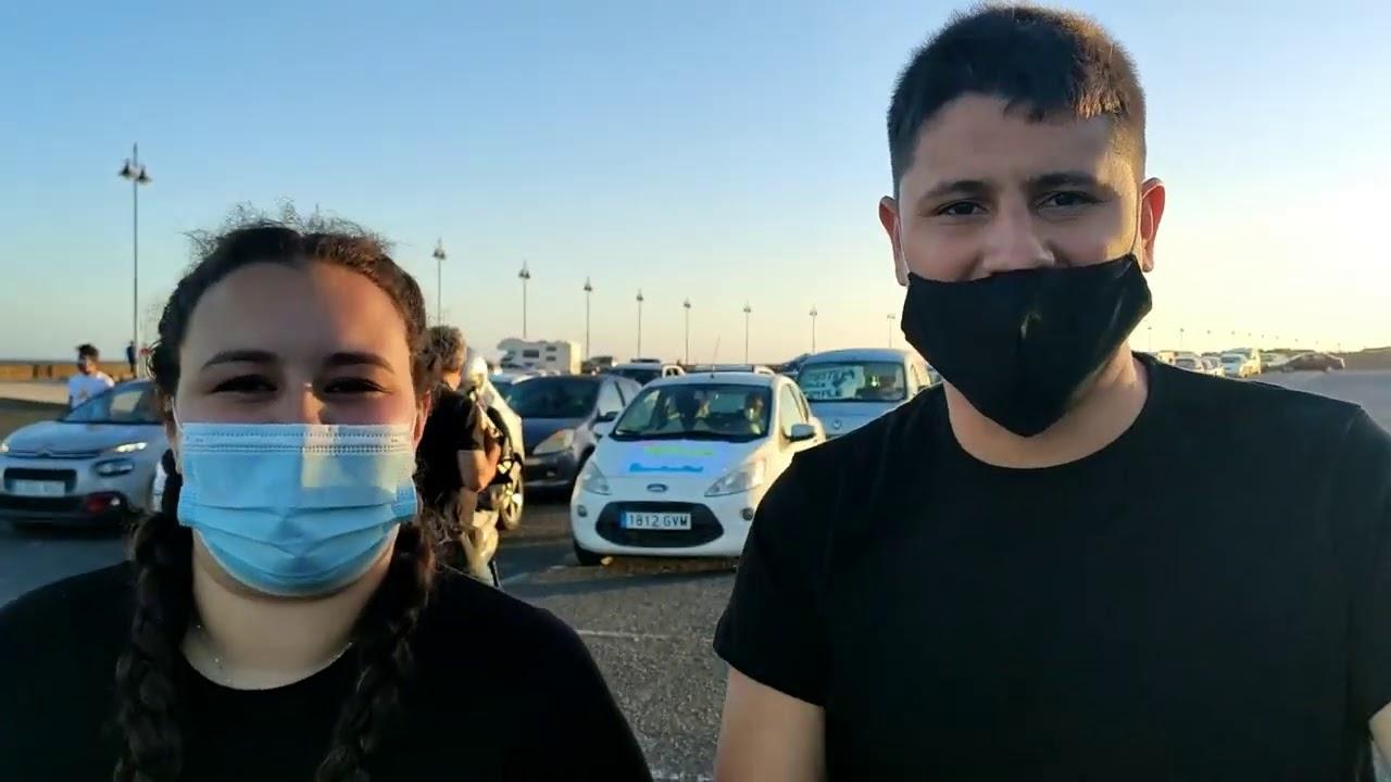Más de 130.000 personas participan en la 'video-manifestación' contra el maltrato a Timple