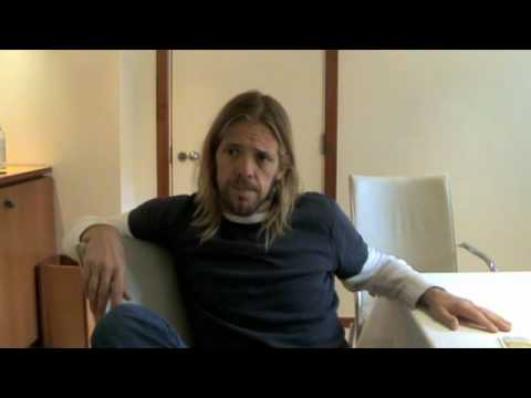 EF Interview Taylor Hawkins Part 1 - YouTube