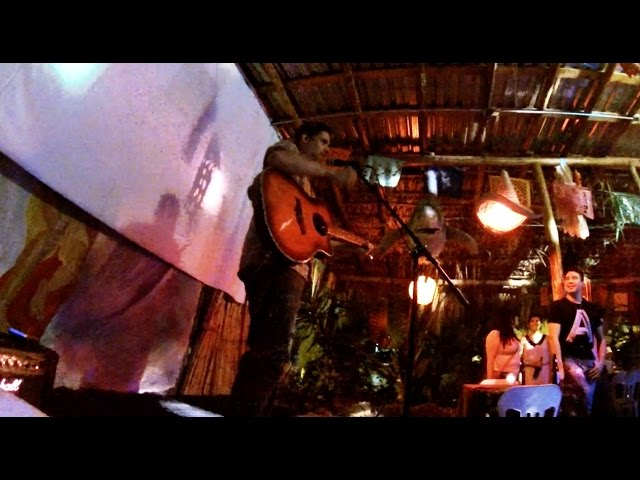 Ricardo Mendoza en vivo desde el Acapulco Rock en Monterrey, Nuevo Leon