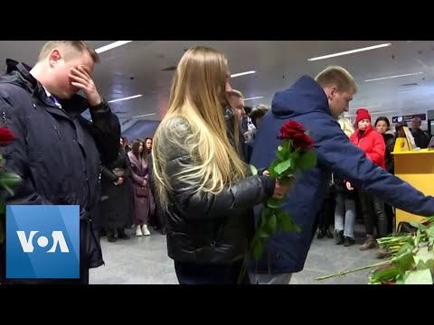 Ukrainians Lay Flowers
