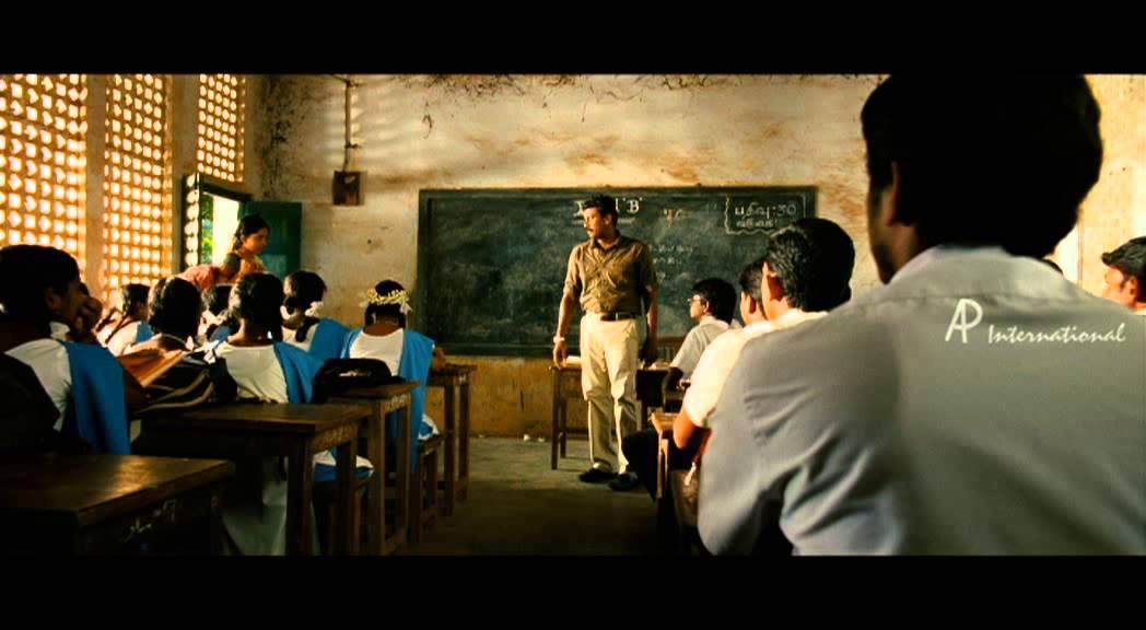 Tamil Movie Ninaithaale Inikkum Review