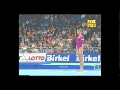 Final Fx Gymnastics DTB 2003 - Daiane Dos Santos And Svetlana Khorkina