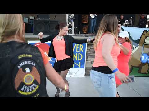 Dancing with the Miss Tri-Cities Hydro Girls in Richland, WA