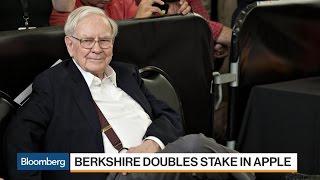 Buffett's Deputies' Influence Seen in Apple, Airline Bets