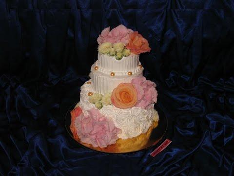 Фирменные торты на свадьбу с цветами из крема Кейкс