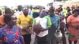BIAFRA: GROUP OF BLIND IGBO MEN SING FOR ZOO POLITICIANS