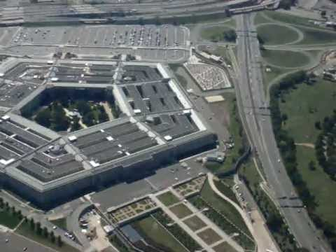 Scary Take Off: Pentagon Fly Over from Reagan National Airport