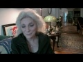 Capture de la vidéo Judy Collins Talks About Coming To Greenwich Village In The 60's And Playing The Clubs!