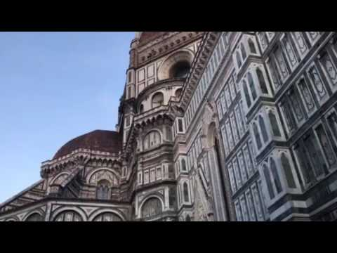 Street music from Florence, Italy - Ave Maria outside the Duomo