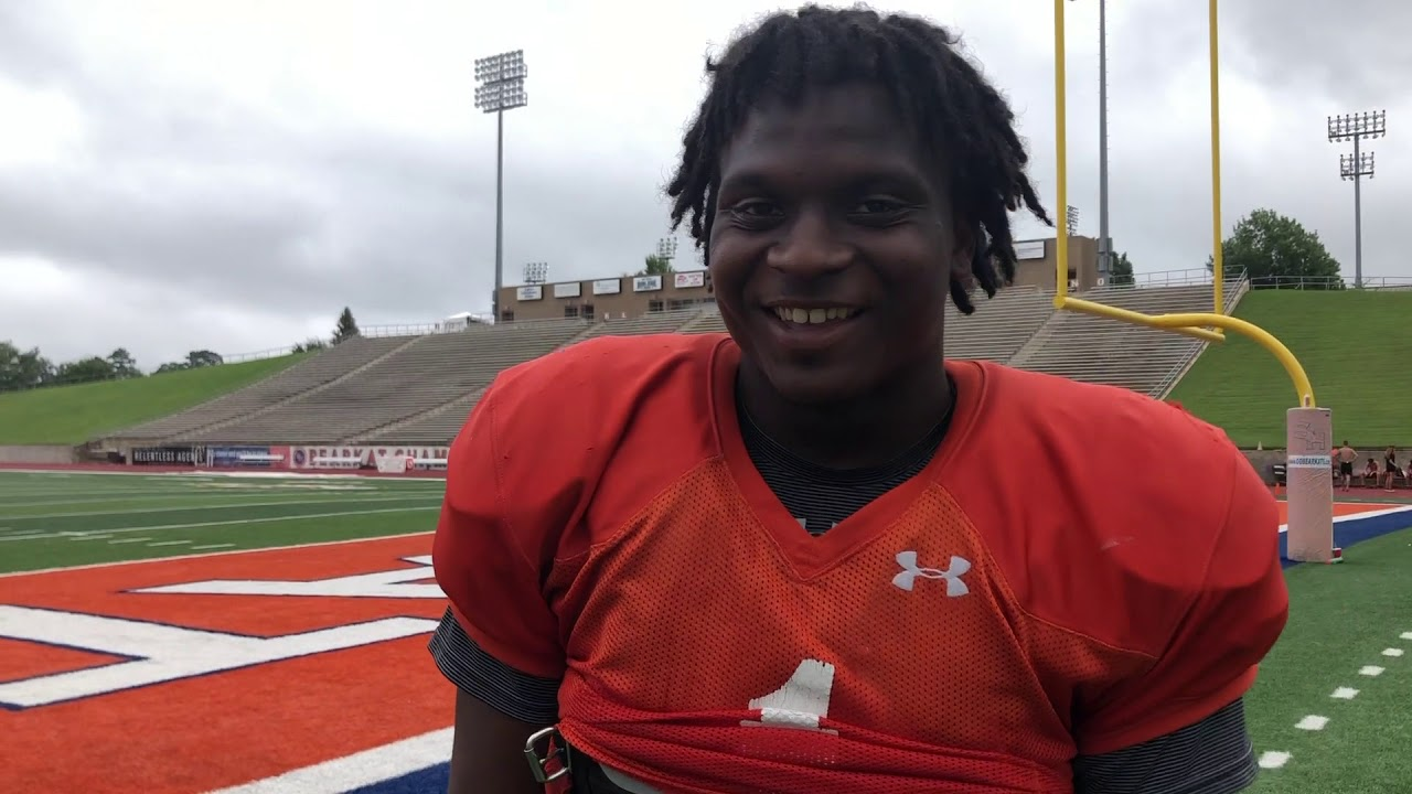 innovative design 1b299 0c921 Erick Fowler talks Derick Roberson, backfield pressure and ...