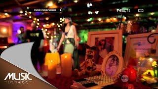 Maudy Ayunda feat. Iwa K - This Moment - Music Everywhere