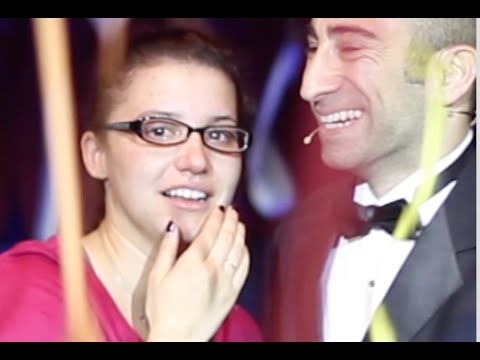 Singing Flash Mob Marriage Proposal (EPIC at 2:50) Featured in TIME, Cosmopolitan