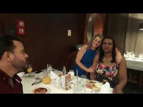Jantar com os amigos no Coxilha dos Pampas
