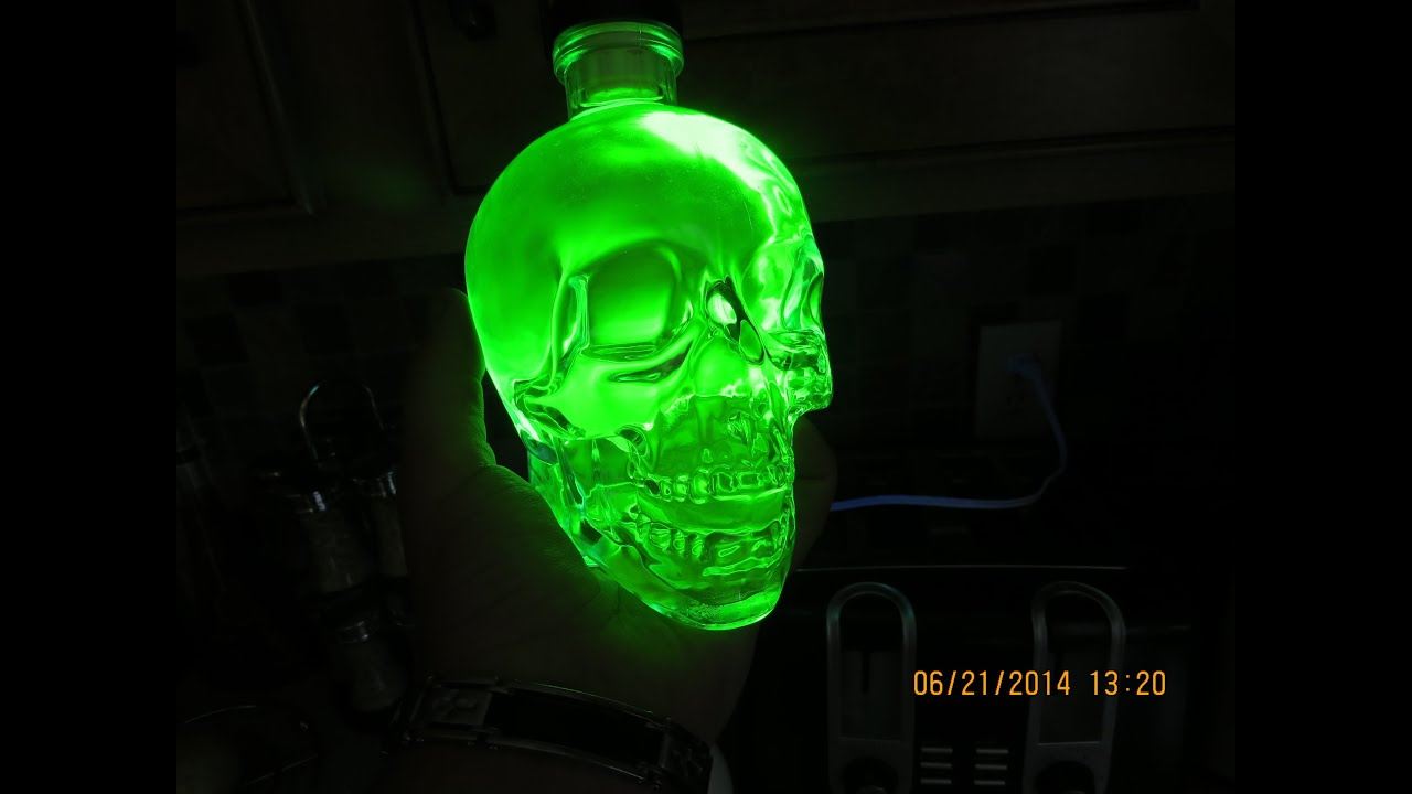 How To Make Glowing Water!! Cheap and Easy!!! - YouTube
