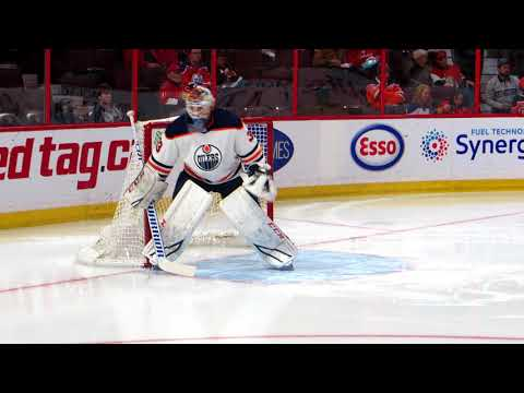 Cam Talbot warms up during the Oilers @ Senators hockey game