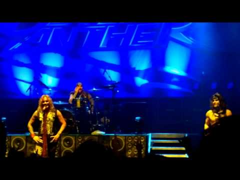 "Steel Panther - Michael Starr about ""the road to become famous"" (HD) Live in Oslo, Norway 17.02.2014"