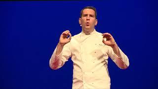 Toutes les belles histoires ont une faim | Mathieu Guibert | TEDxLaBaule