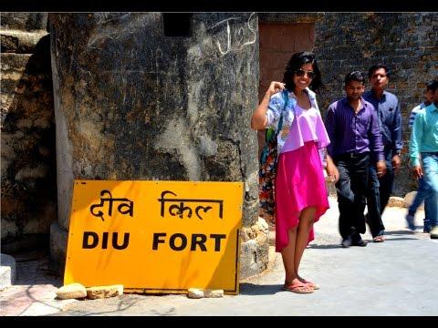Diu- history of diu fort with guideners(bhomiyo)