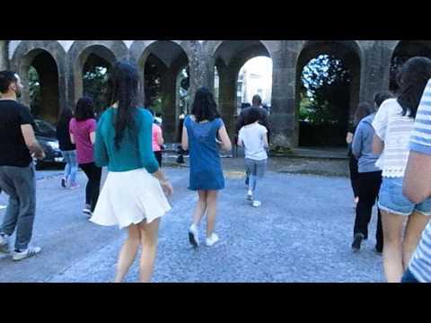 Salsa: Clase en la calle. Universidad de Santiago de Compostela. 2016.